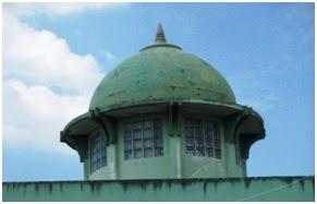 Kubah Masjid Zending tanpa hiasan bulan bintang