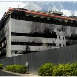 Plaza Terbakar, Gedung Terbengkalai, Kenangan Terkulai