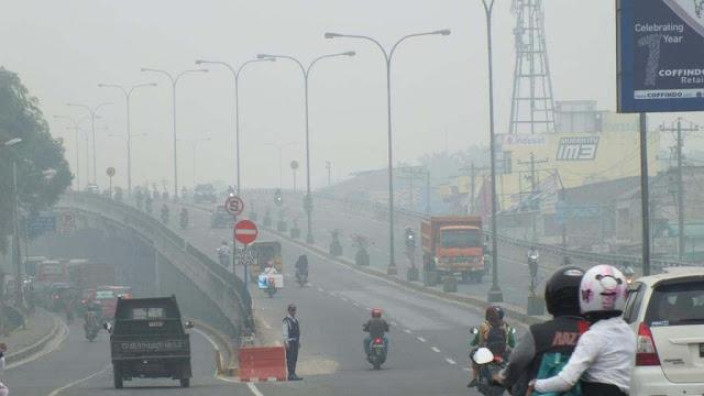 Fly over Amplas menuju jalan lintas Sumatera