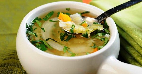 Mengapa Kita Dianjurkan Makan Soup Saat Sakit?