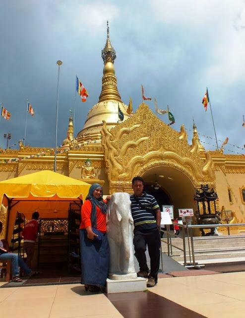 Vihara Nan Megah di Batas Kota Medan, Wisata Rumah Ibadah
