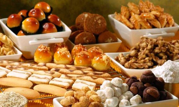 Cara Makan di Hari Lebaran, Cerita Perut di Hari Raya