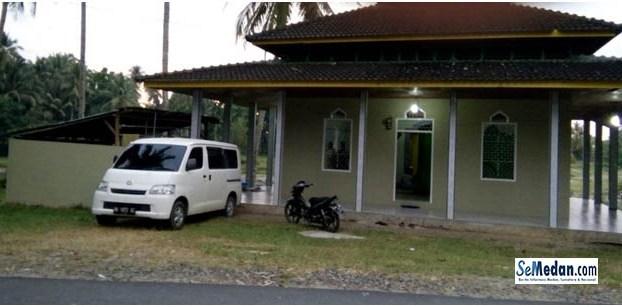 Kabupaten Tapanuli Tengah, Pantai Barat Sumatera Utara