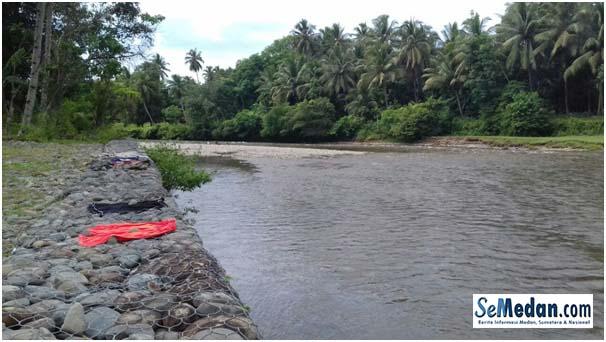 Keindahan Sungai Sirahar, Aek Dakka Bulu Duri