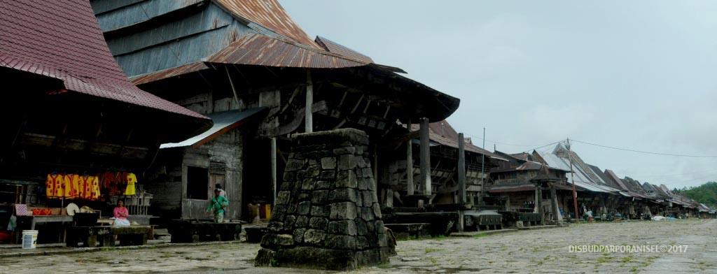 Desa Bawomataluo Nias Selatan