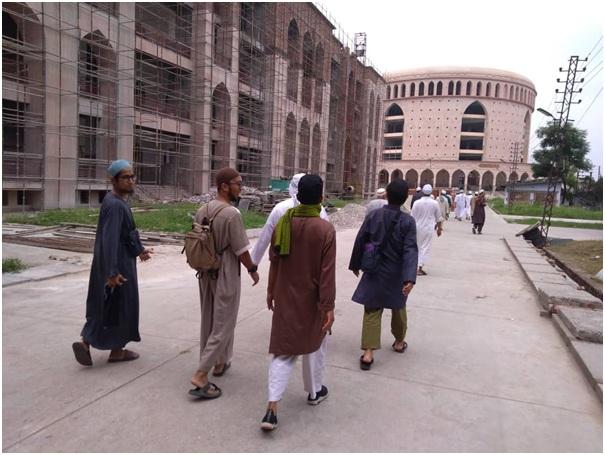 Sekolah Pemikiran Darul Ulum Deoband India