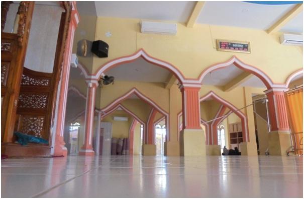Masjid Bukan (Tempat) Pertarungan Iman