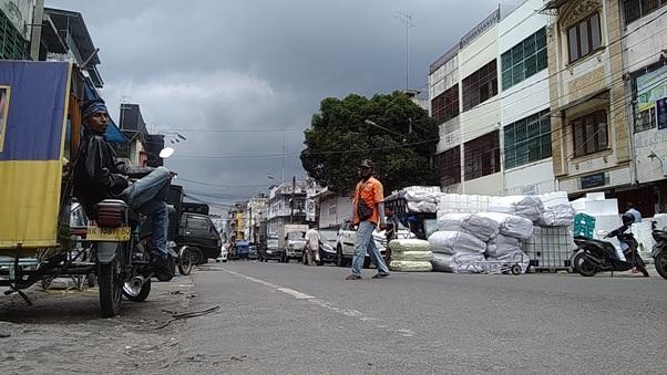 Mencari Bermacam Keperluan di Jalan Bintang Medan